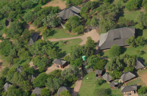 kwalata-game-lodge-in-dinokeng-big5-game-reserve-gauteng-adventure-camp