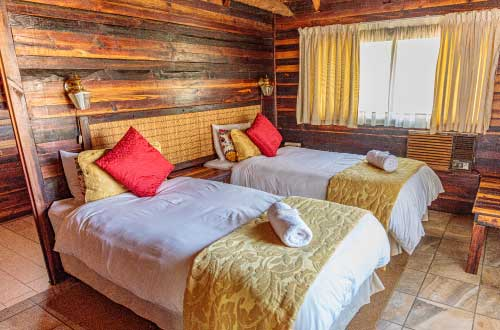 4-sleeper-log-cabin-self-catering-kwalata-dinokeng-game-reserve