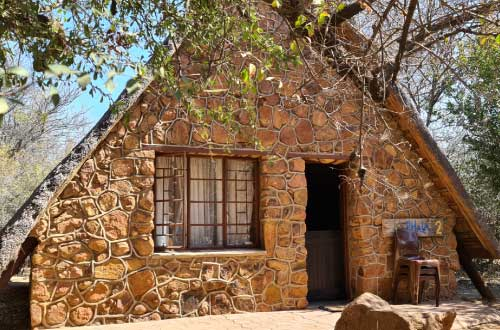 chalet-self-catering-1-2-dinokeng-game-reserve